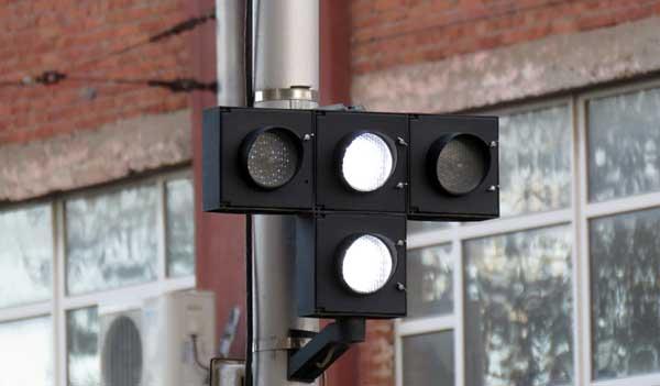 Светофор для трамваем и других маршрутных транспортных средств